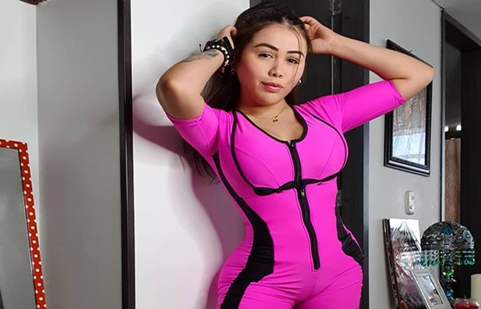 ¿Cuántas cirugías tiene Yina Calderón?