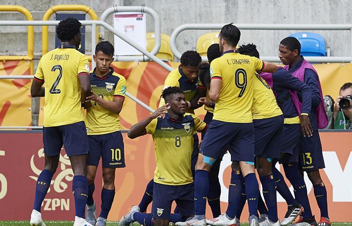 Ecuador festeja su victoria ante Estados Unidos. Foto: EFE