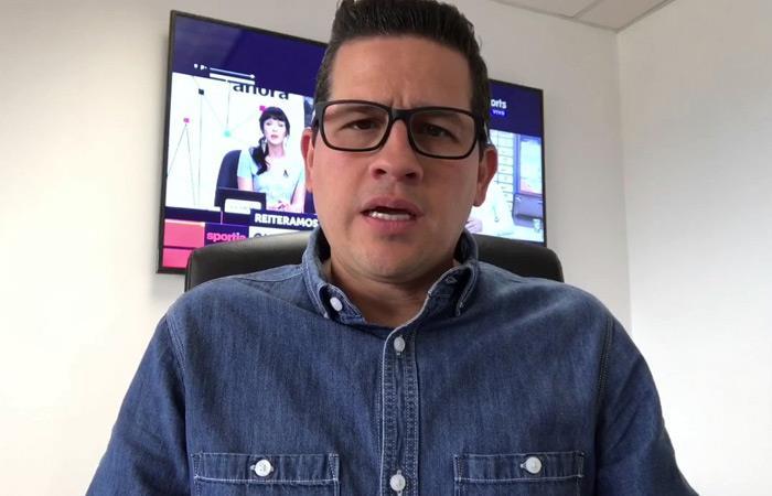 Periodista deportivo Alejandro Farffan extraditado a Colombia