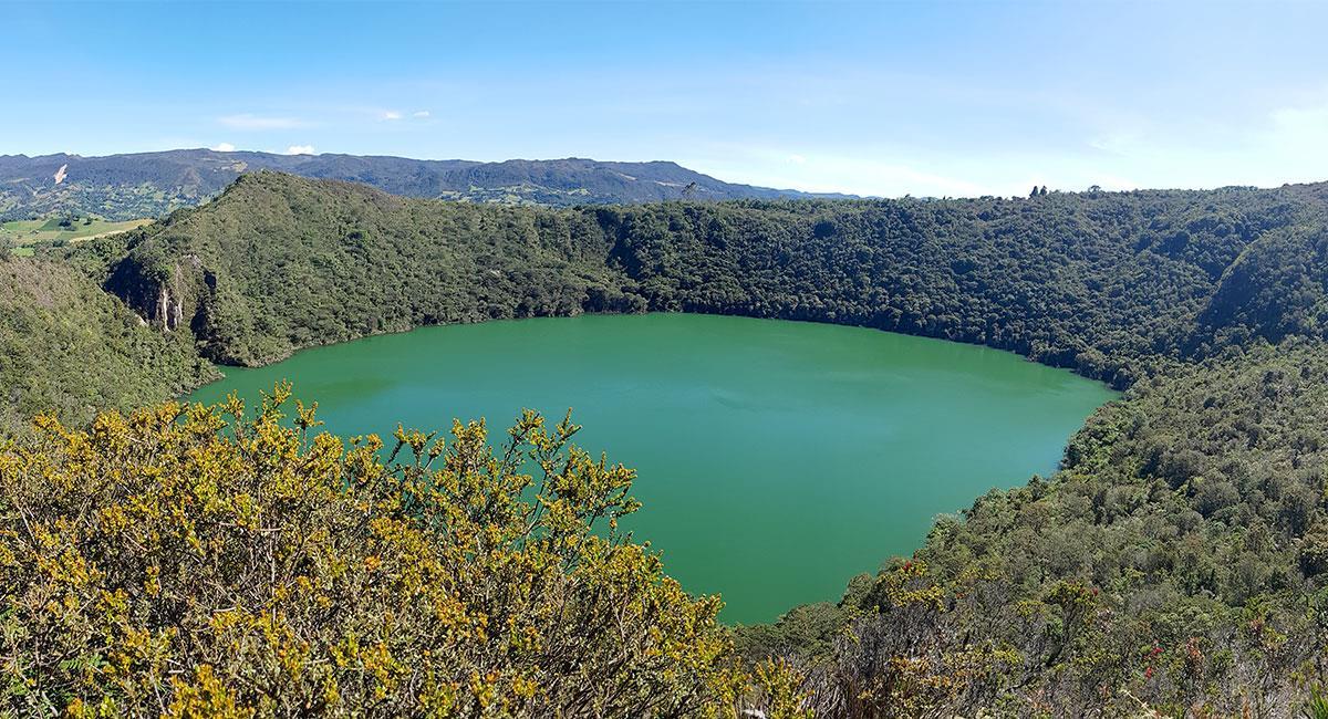 Laguna Cacique Guatavita y Chuchilla de Peña Blanca. Foto: Shutterstock