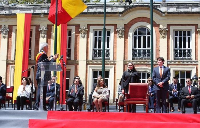Aprueban segunda vuelta para elección de alcalde de Bogotá
