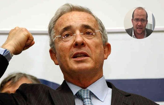 Uribe asegura que aún no piensa retirarse de la política