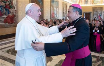 ¿Revolución? Vaticano estaría pensando en ordenar a hombres casados como sacerdotes