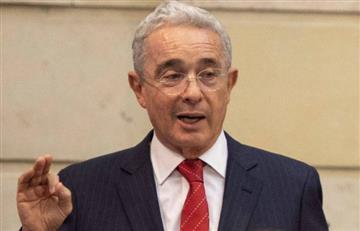 """""""Santos dio un golpe de Estado"""": Uribe, en relación con el proceso de paz en Colombia"""