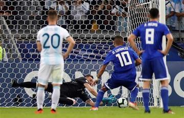 [VIDEO] Armani se viste de héroe y salva a Argentina de la derrota