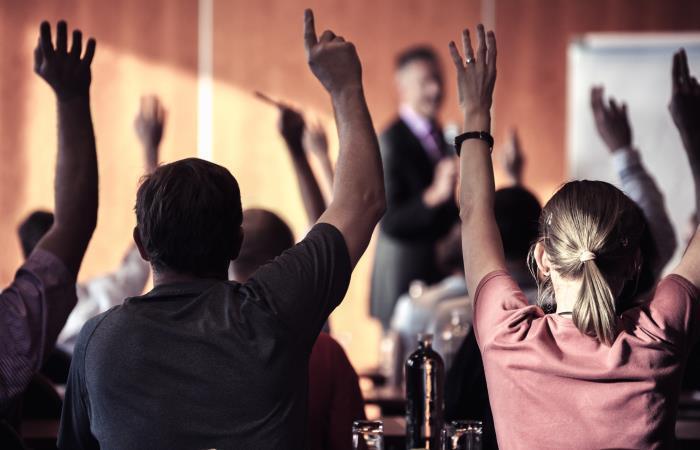 Ministerio de Educación ofrece becas para docentes de inglés