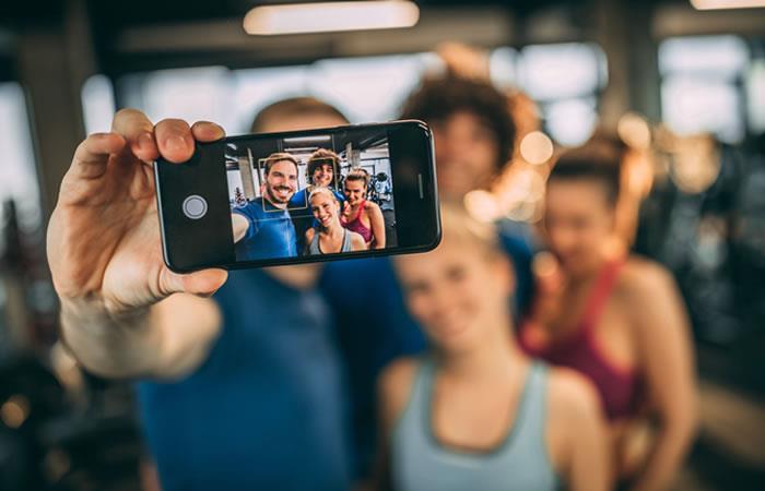 Uso del 'smartphone' cambiaría estructura ósea del cráneo