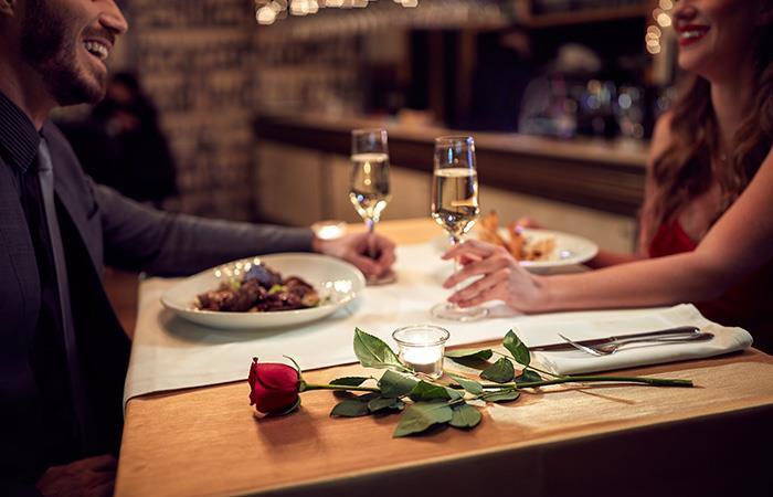 1 de cada 3 mujeres aceptan salir solo para comer gratis