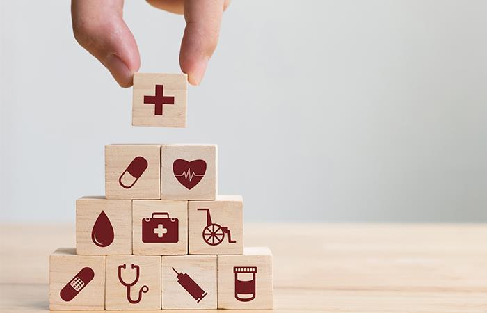 La salud, un servicio a merced de los intereses del mercado