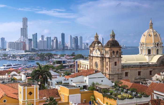 Reino Unido elimina zonas rojas en Colombia para hacer turismo