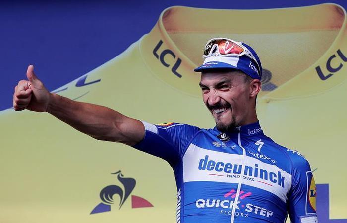 Julian Alaphilippe es el nuevo líder del Tour de Francia. Foto: EFE