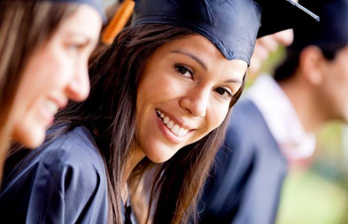 Becas para desarrollo profesional, investigación y docencia en Estados Unidos