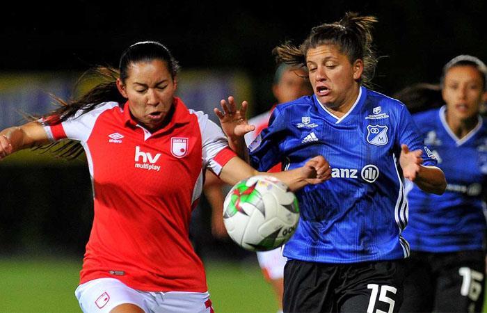 Santa Fe y Millonarios jugaron el primer clásico del fútbol femenino. Foto: Twitter
