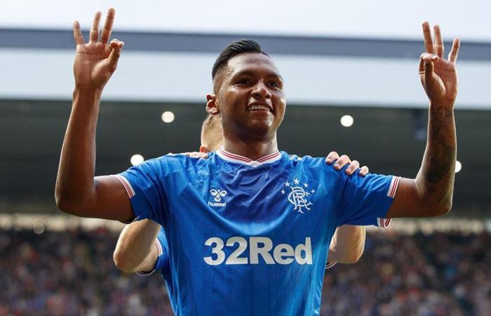Europa League Morelos anotó tres goles en victora de Rangers