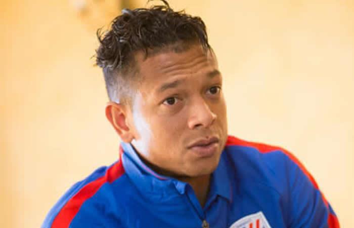 Se enreda el regreso de Guarín a la Serie A