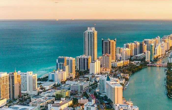 Miami es una de las ciudades que más visitan los colombianos y está entre los destinos favoritos. Foto: Shutterstock
