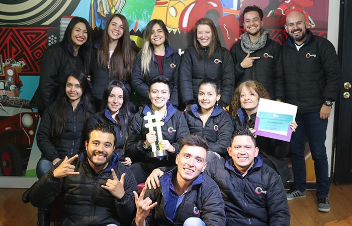 Equipo de Colombia.com celebra el reconocimiento. Foto: Interlatin