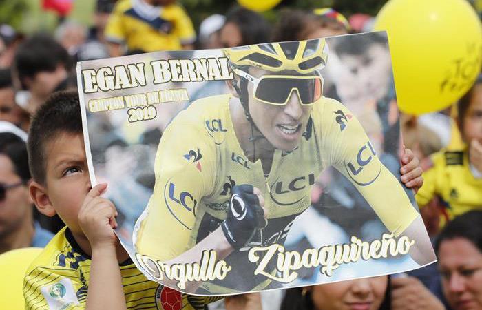 Tour de Francia: Egan Bernal campeón molestia entrevista