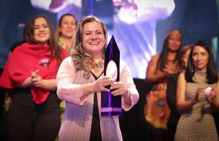 Ganadora del Premio Cafam de la Mujer 2019. Foto: Twitter