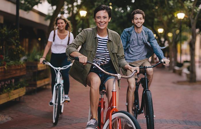 Beneficios de correr y montar bicicleta