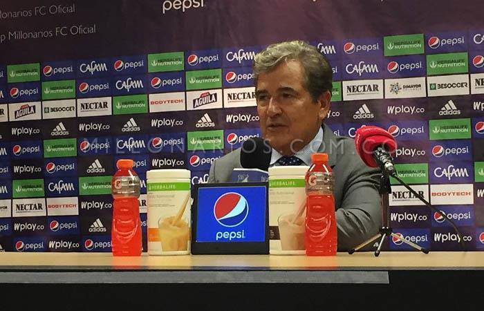 Jorge Luis Pinto fue cuestionado por sus variantes ante Medellín. Foto: Twitter @MillosFCoficial