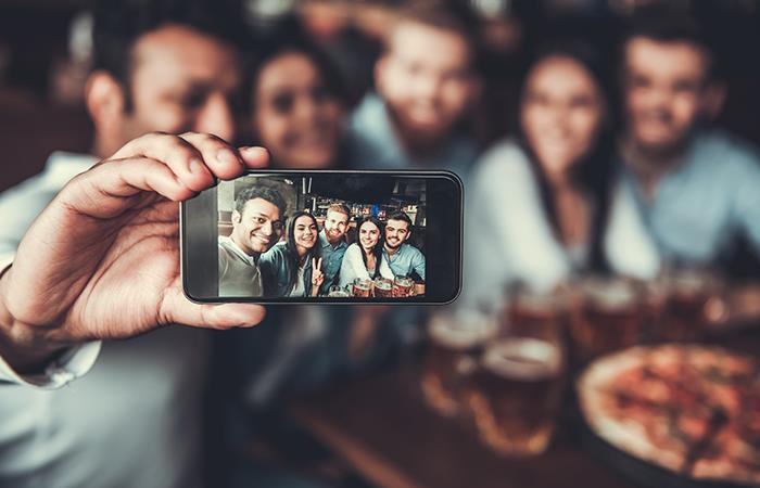 Depresión entre redes sociales y jóvenes