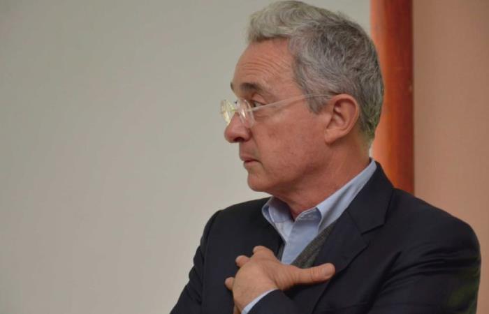 Insultan a Alvaro Uribe Velez en Antioquia