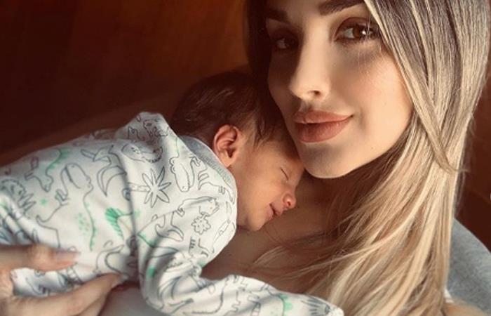 [FOTO] Melina Ramírez mostró su abdomen después del parto de su hijo