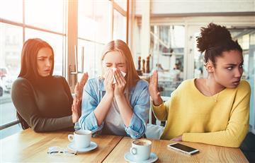 ¡Más cuidado a la hora de toser o estornudar! Esta bacteria se encuentra en el aire