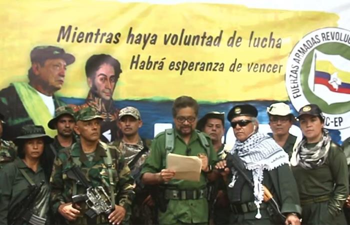 Exlíderes de las FARC anunciando el regreso de la guerrilla en Colombia. Foto: Youtube