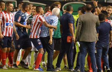 [VIDEO] ¡A los puños! Así terminaron Comesaña y Pusineri tras el partido por Copa Águila