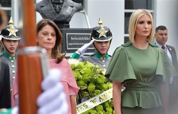 [FOTO] Pillaron al Ministro de Defensa viéndole la cola a hija de Trump