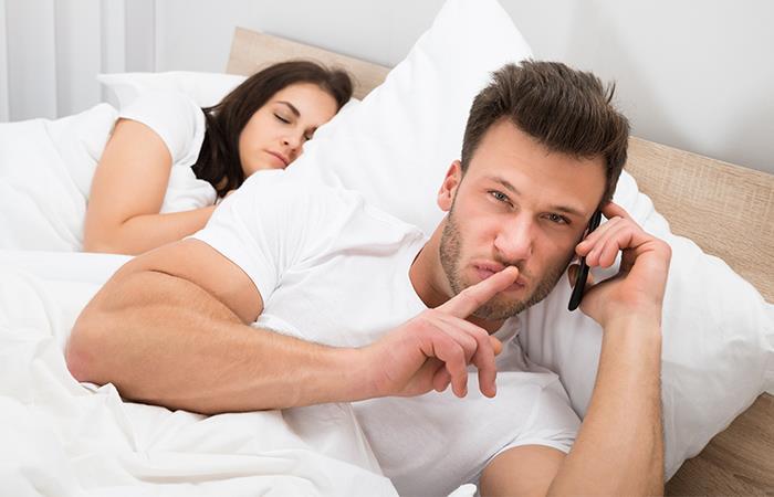 ¿A qué edad las parejas son más infieles?