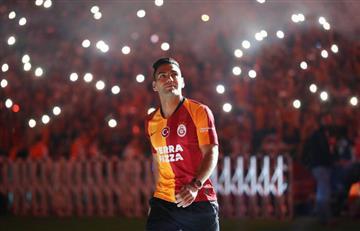 [VIDEO] ¡De locura! Así fue la presentación de Falcao en Galatasaray