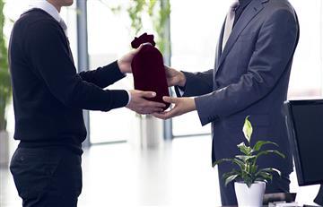 ¡No te equivoques! Con estas reglas podrás dar el mejor regalo de amigo secreto en tu oficina