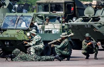 ¡Tensión en la frontera! Maduro despliega misiles para ejercicios militares contra Colombia