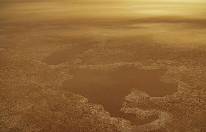 Las supuestas lagunas de agua, eran en realidad gases en forma líquida este fenómeno se debe a las bajas temperaturas. Foto: EFE.