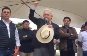 [VIDEO] El enojo de Uribe tras ser abucheado en su llegada a La Calera