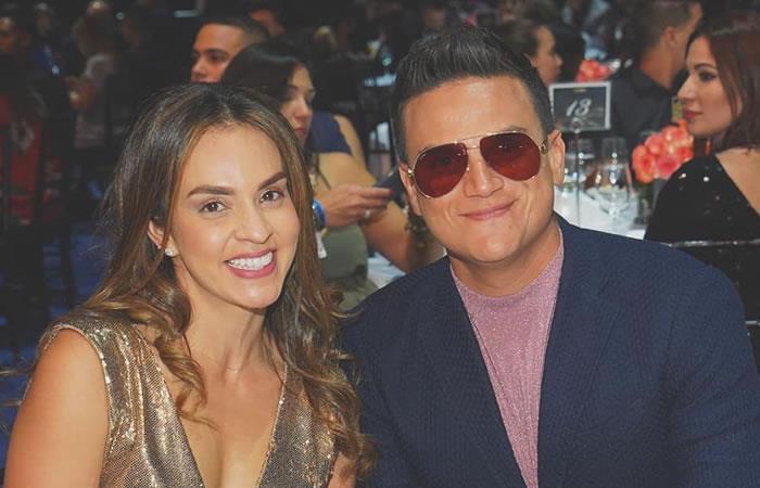 Silvestre Dangond junto a su esposa Piery Avendaño. Foto: Instagram/silvestredangond