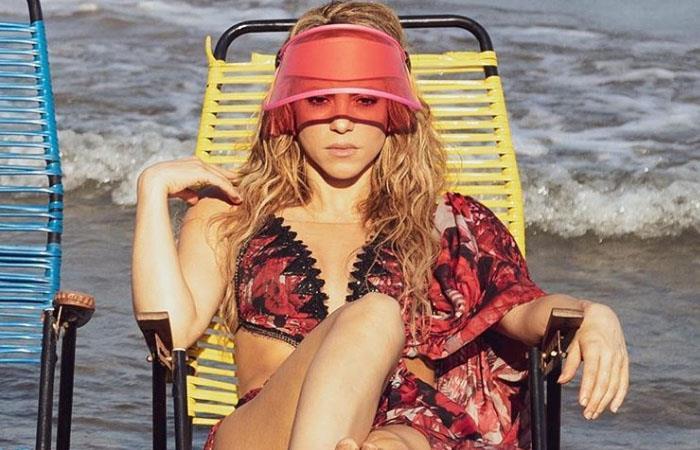 Shakira sorprende con foto sin ropa interior