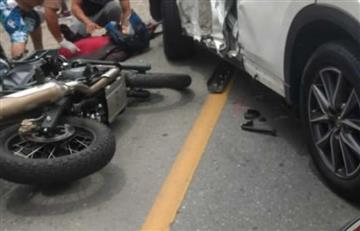 [VIDEO] Así quedó el carro de Jarlan Barrera después de un accidente