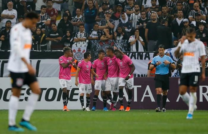 Independiente del Valle acaricia la final de la Copa Sudamericana. Foto: EFE