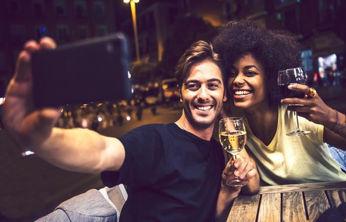 ¿Te animas a preparle estos cócteles a tu pareja? Foto: Shutterstock.