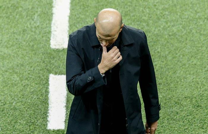 Zidane vive uno de sus momentos más dificiles en Real Madrid. Foto: EFE