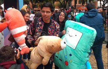 ¡Ni regalados! Bogotanos causaron desórdenes por peluches de Miniso
