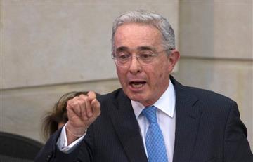 Se filtra video de supuesta reunión de Uribe con paramilitares de las AUC