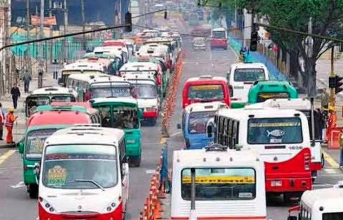Ejemplo del catastrófico tránsito en Bogotá. Foto: Twitter