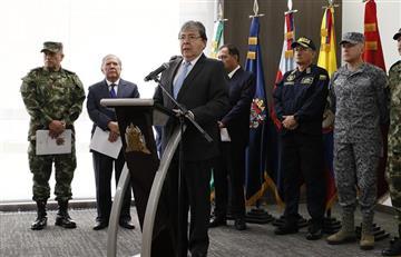 """""""No nos podemos distraer"""": Gobierno se defiende tras polémica de fotos """"falsas"""" contra Venezuela"""