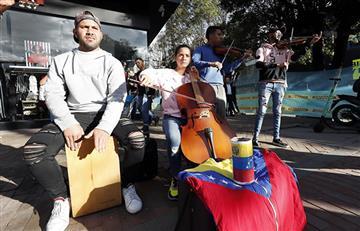 En calles de Bogotá suena música clásica hecha por migrantes venezolano