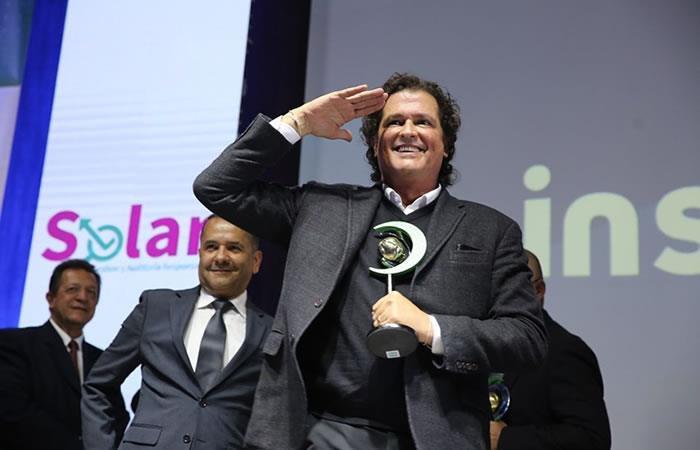 Carlos Vives recibe premio de responsabilidad social por su aporte a la música y la cultura